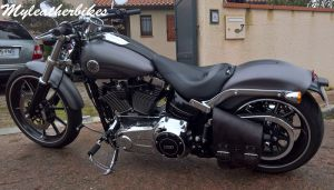 SO04 Veg Antique Sacoche Softail Breakout (3)