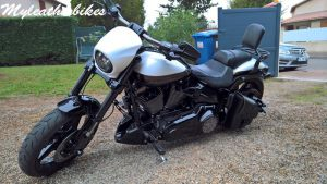 Sacoche SO02 sur Softail Breakout Pro street CVO (3)