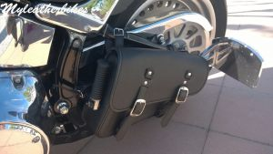 Sacoche cuir Harley Softail Fat boy SO03SLNG 2
