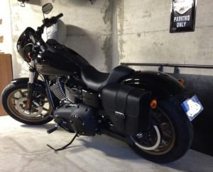 Sacoche Myleatherbikes Harley Dyna Low Rider (10)