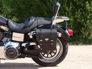 Sacoche Myleatherbikes Harley Dyna Low Rider (51)