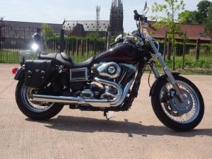 Sacoche Myleatherbikes Harley Dyna Low Rider (52)