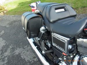 Sacoche Myleatherbikes Harley Dyna Low Rider (9)